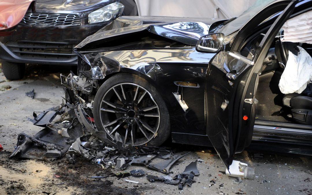 3 adultos y 2 niños Hospitalizados después de un Accidente de Volcadura en el Norte de Austin