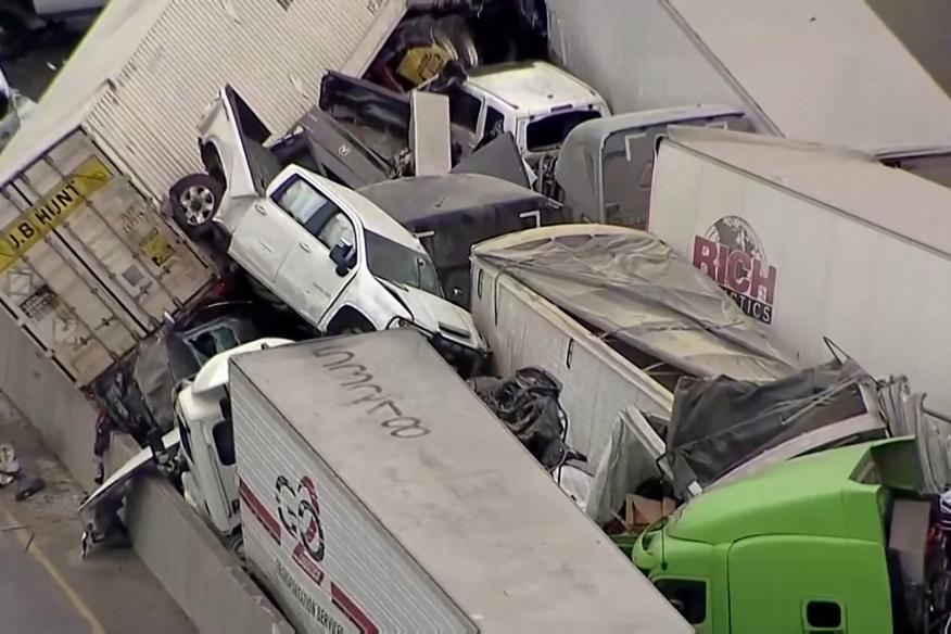 Accidente Masivo en Fort Worth dejó 36 Heridos, 5 Muertos