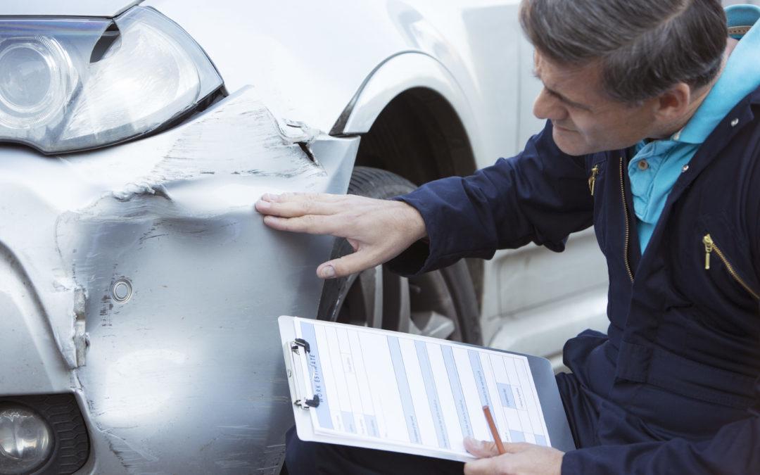 ¿Cuánto Dinero Debo Pedir En Mi Compensación o Acuerdo Por Accidente Automovilístico?
