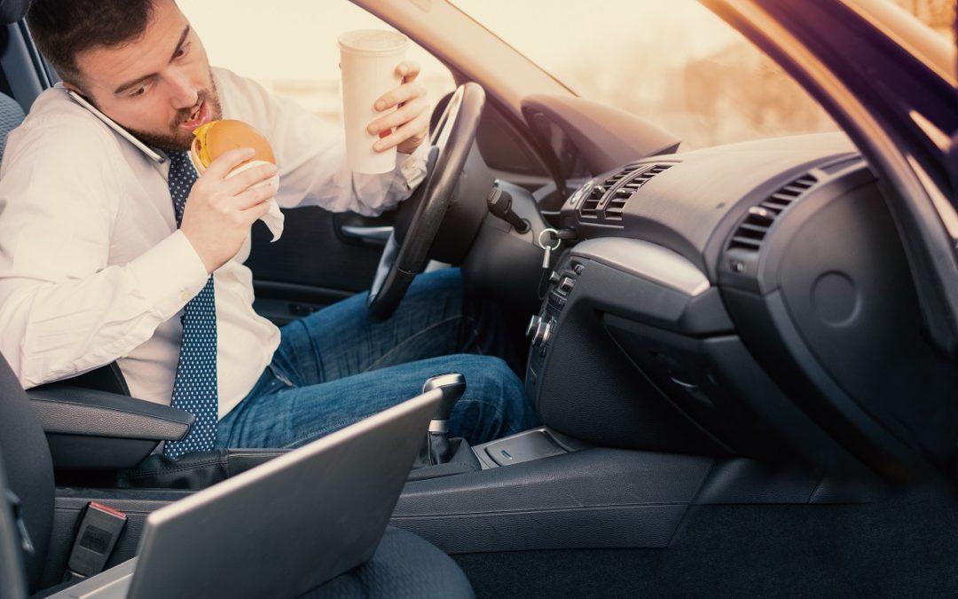 ¿Qué tipo de acuerdo puedo esperar de un accidente de conducción distraída?